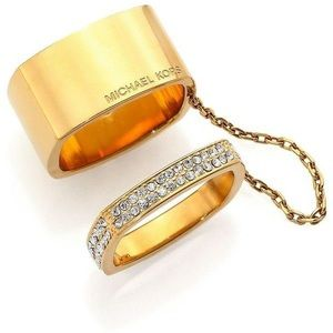 Michael Kors Heritage Logo Chained Square Ring Set